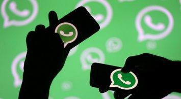 WhatsApp went down for nearly an hour